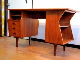 DK Desk TA0397