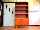 DK Book shelf FF0752