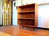 DK Book shelf FF0776