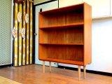 DK Book shelf FF0806