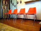 DK Robin Day Chair SE0402