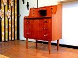 DK Bureau FF0837