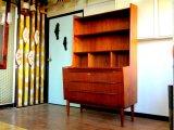 DK Book shelf FF0870