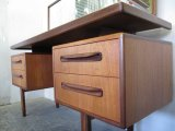 UK  DRESSING TABLE TA0242
