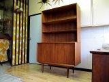 DK  BOOK SHELF FF0491