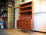 DK Book Shelf FF598