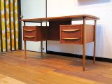 DK Desk TA0338
