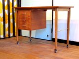 DK Desk TA0342