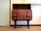 DK Bureau FF0631