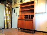 DK Book shelf FF0687