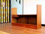 DK Book shelf FF0807