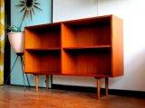 DK Book shelf FF0904