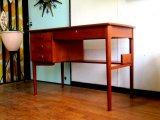 DK Desk TA0468