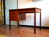 DK Desk TA0492