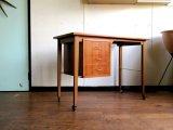 DK Desk TA0499